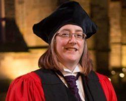 Dr Beverley Minter